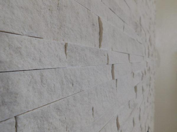 FRESKA Limestone 3 size Split face wall tile qdi surfaces 2