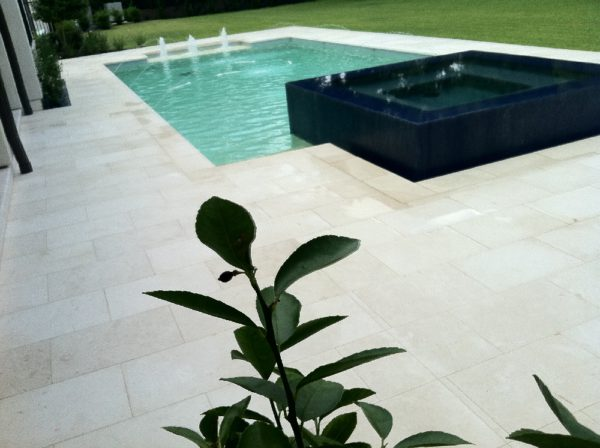 Freska Limestone Paver 16x24 Tumbled 8 White Gray Outdoor Floor Wall Pool Patio Backyard QDIsurfaces