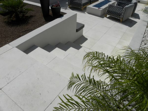 Freska Limestone Paver 24x24 Tumbled 5 White Gray Outdoor Floor Wall Pool Patio Backyard QDIsurfaces