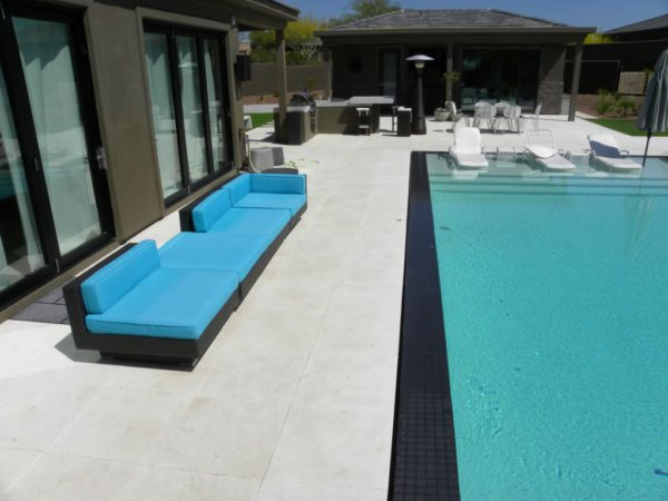 Freska Limestone Paver 24x24 Tumbled 9 White Gray Outdoor Floor Wall Pool Patio Backyard QDIsurfaces