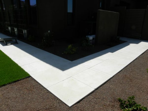 Freska Limestone Paver 24x24 Tumbled White Gray Outdoor Floor Wall Pool Patio Backyard QDIsurfaces