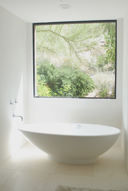 Freska Limestone Tile 24x24 Honed 4 White Gray Indoor Floor Wall Backsplash Tub Shower Vanity QDIsurfaces