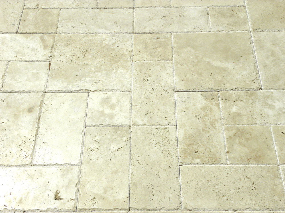 Ivory Beige Travertine Paver 3pc Roman Pattern Unfilled Brushed Chiseled Edge Beige Cream White Outdoor Floor Wall Pool Patio Backyard Tub