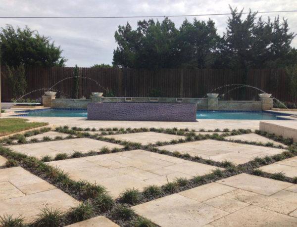 Nysa Travertine Paver Versailles Pattern Tumbled 4 Tan Brown Beige Cream Outdoor Floor Wall Pool Patio Backyard Tub Shower Vanity QDIsurfaces