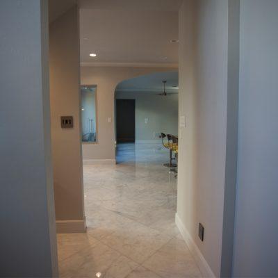 Lusso Carrara Marble Tile 24x24 Polished 16 Gray White Indoor Floor Wall Backsplash Tub Shower Vanity QDIsurfaces
