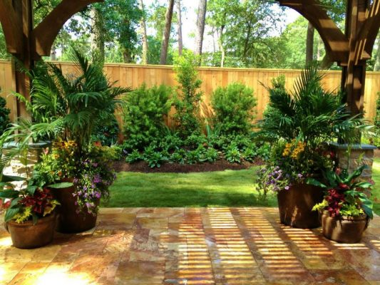 Sedona Fantastico Travertine Paver Versailles Pattern Tumbled 37 Tan Brown Beige Cream Red Pink White Gray Outdoor Floor Backyard