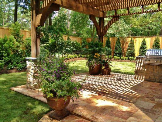Sedona Fantastico Travertine Paver Versailles Pattern Tumbled 39 Tan Brown Beige Cream Red Pink White Gray Outdoor Floor Backyard